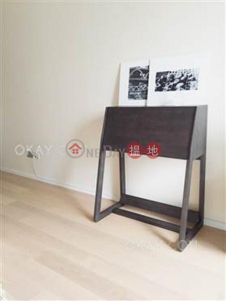 Unique high floor with balcony | Rental, J Residence 嘉薈軒 Rental Listings | Wan Chai District (OKAY-R85938)