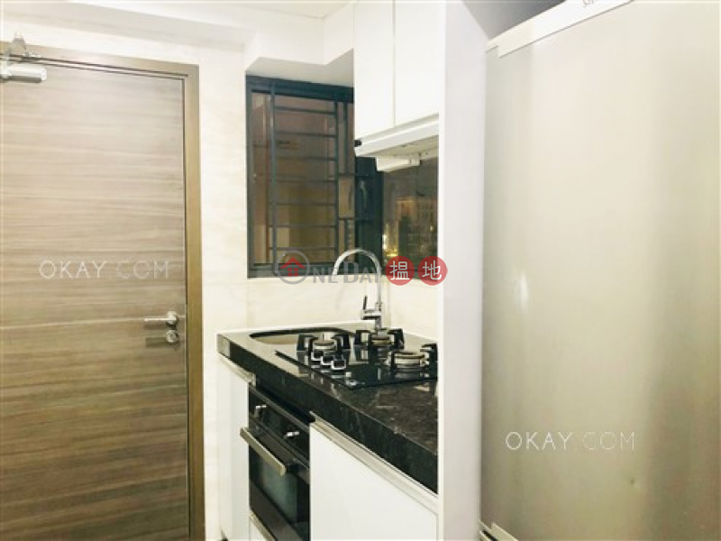 Tasteful 3 bedroom on high floor with balcony | Rental | Luxe Metro 匯豪 Rental Listings