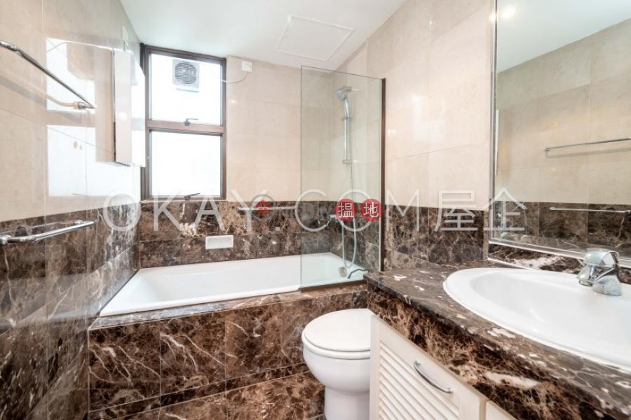 Gorgeous 3 bedroom with balcony & parking | Rental | Grand Bowen 寶雲殿 Rental Listings