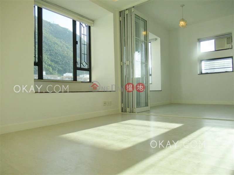 Rare penthouse with sea views & rooftop | Rental | 1-3 Breezy Path | Western District | Hong Kong Rental, HK$ 25,000/ month