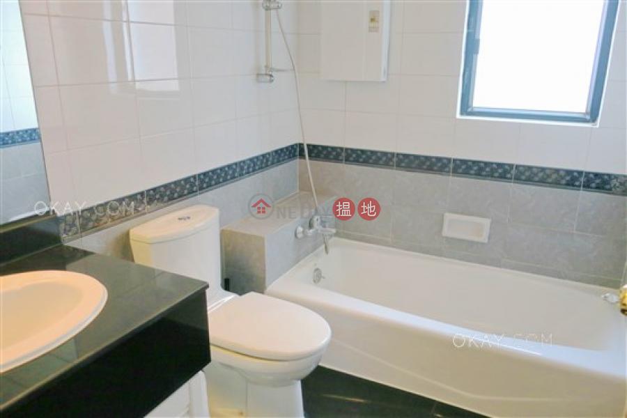 3房2廁,極高層《嘉兆臺出售單位》-10羅便臣道 | 西區-香港出售HK$ 2,450萬