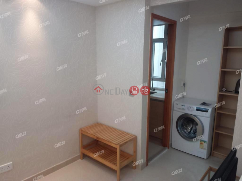 HK$ 12,500/ month Po Foo Building | Wan Chai District Po Foo Building | High Floor Flat for Rent
