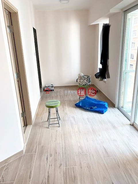 Modern High Rise Building with Club Facilities at Quiet but Convenient Location|Reading Place(Reading Place)Sales Listings (E81113)_0