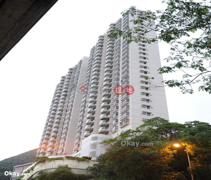 Lovely 3 bed on high floor with harbour views & balcony | Rental | Nicholson Tower 蔚豪苑 Rental Listings