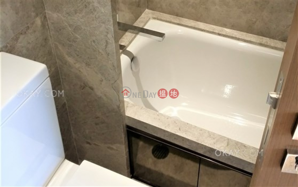 HK$ 12.1M | The Nova, Western District, Lovely 1 bedroom with balcony | For Sale