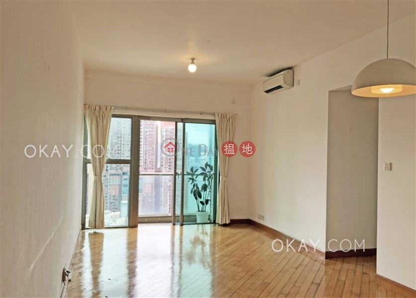 Charming 3 bedroom on high floor with balcony | Rental | Sorrento Phase 2 Block 2 擎天半島2期2座 Rental Listings