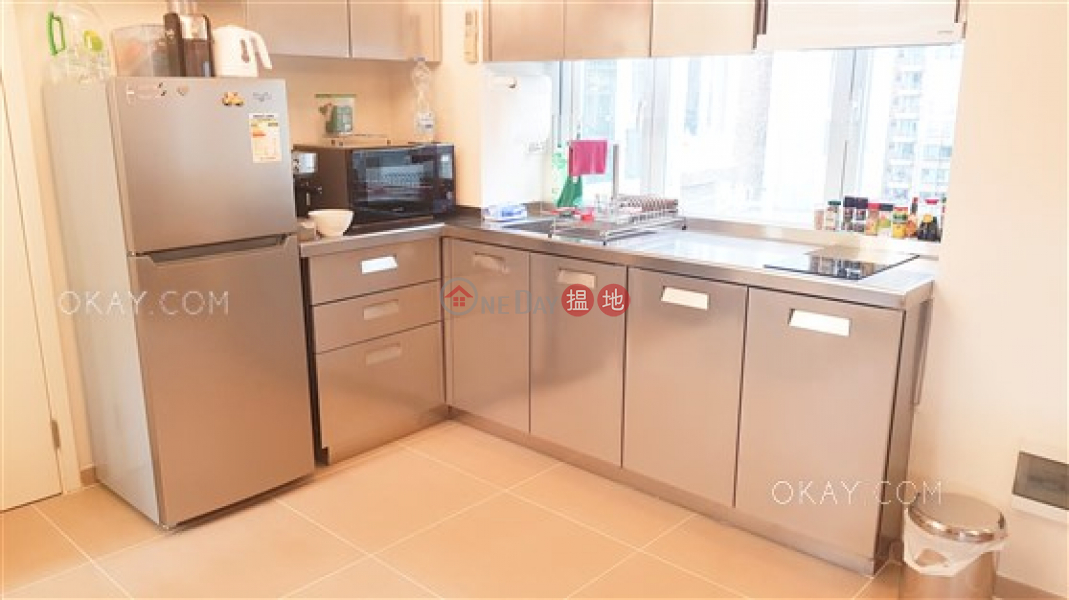 Intimate studio on high floor with rooftop | Rental | 18 Cross Street | Wan Chai District, Hong Kong, Rental, HK$ 28,000/ month