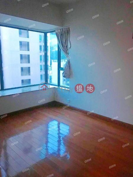 Hillsborough Court, High, Residential, Sales Listings   HK$ 22M