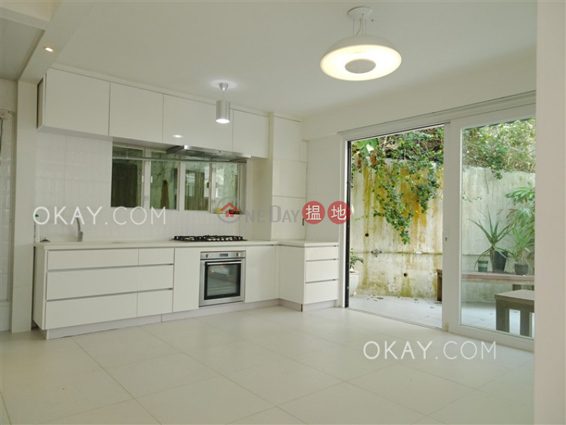 HK$ 17.88M | 48 Sheung Sze Wan Village | Sai Kung, Popular house with sea views, rooftop & terrace | For Sale