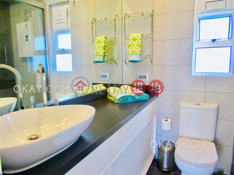 Stylish 2 bed on high floor with sea views & rooftop | Rental|Floral Tower(Floral Tower)Rental Listings (OKAY-R31835)_0