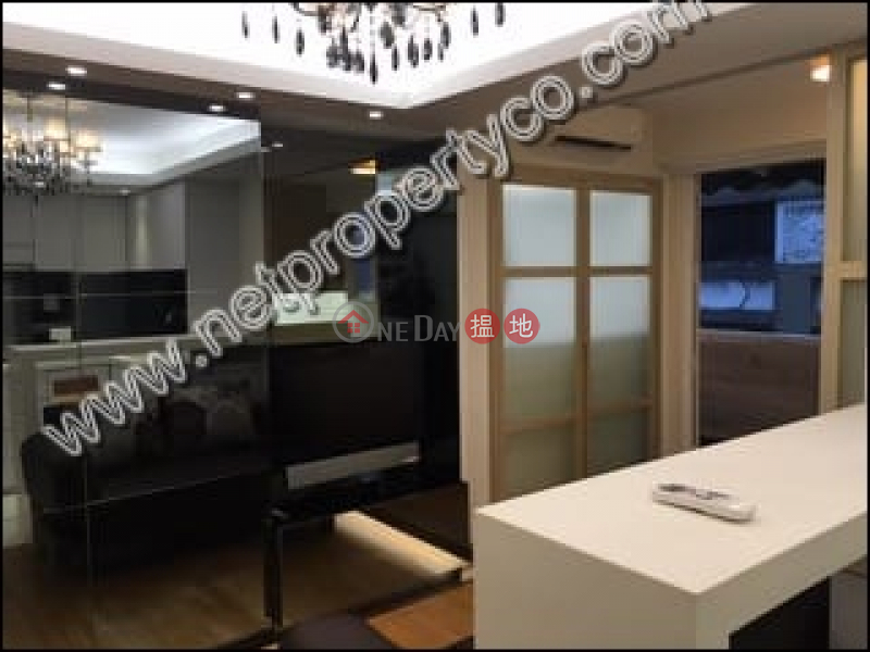 Nice decorated unit for rent in Sheung Wan | Wah Koon Building 華冠大廈 Rental Listings