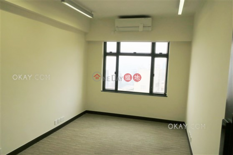 HK$ 3,800萬-柏園 灣仔區3房2廁,實用率高,極高層,海景《柏園出售單位》