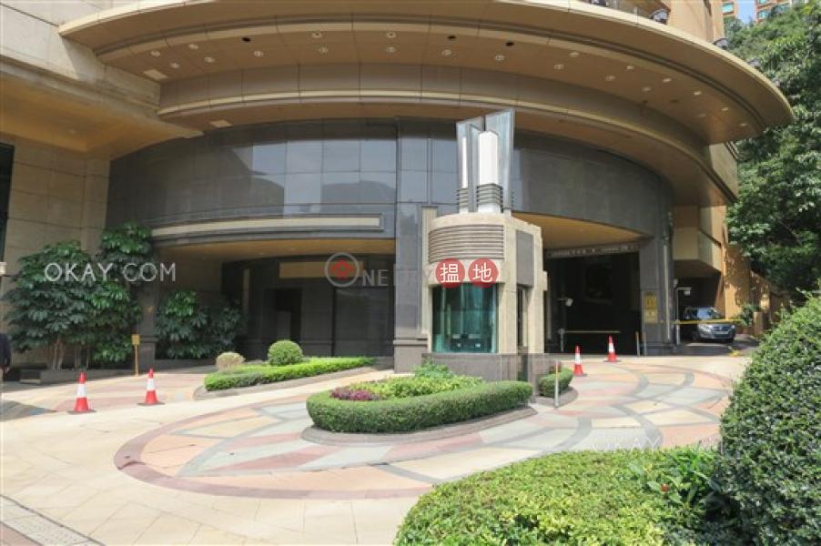 3房2廁,星級會所,可養寵物,連車位《禮頓山出租單位》2B樂活道   灣仔區 香港 出租 HK$ 85,000/ 月