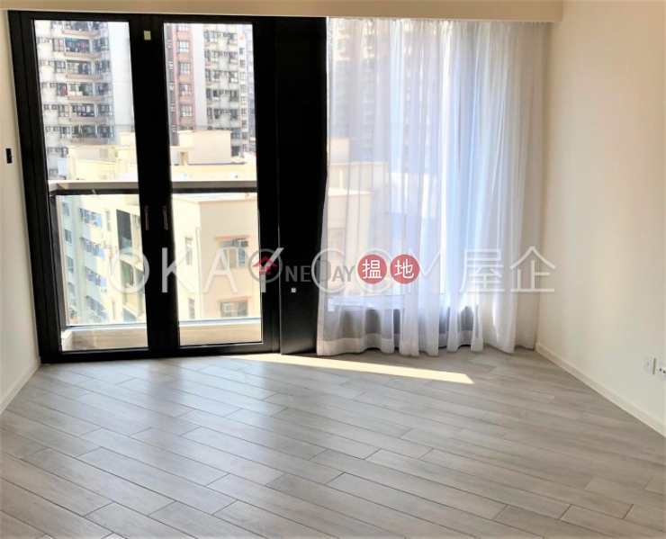 Gorgeous 3 bedroom with balcony | For Sale | Fleur Pavilia Tower 1 柏蔚山 1座 Sales Listings