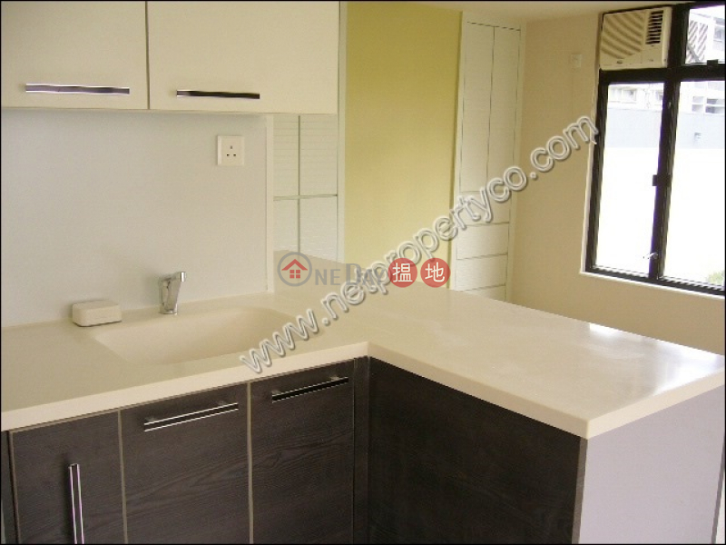 Nicely Decorated Apartment for Rent in Wan Chai   42 Wood Road   Wan Chai District Hong Kong   Rental HK$ 17,500/ month