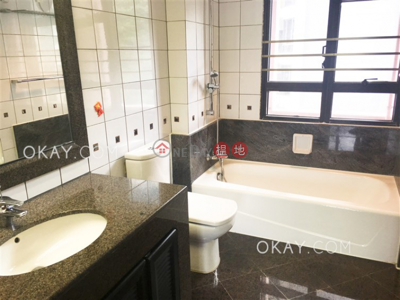 HK$ 28.5M Pacific View Southern District | Charming 3 bedroom with sea views, balcony | For Sale