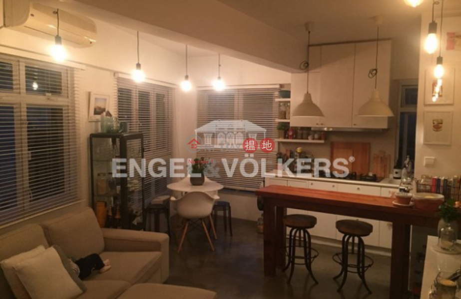 1 Bed Flat for Sale in Shek Tong Tsui, Orlins Court 雅蘭閣 Sales Listings | Western District (EVHK34850)