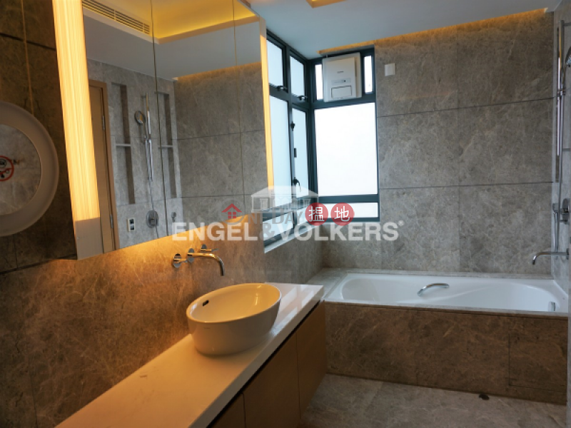 HK$ 120,000/ month 80 Robinson Road Western District 3 Bedroom Family Flat for Rent in Mid Levels West