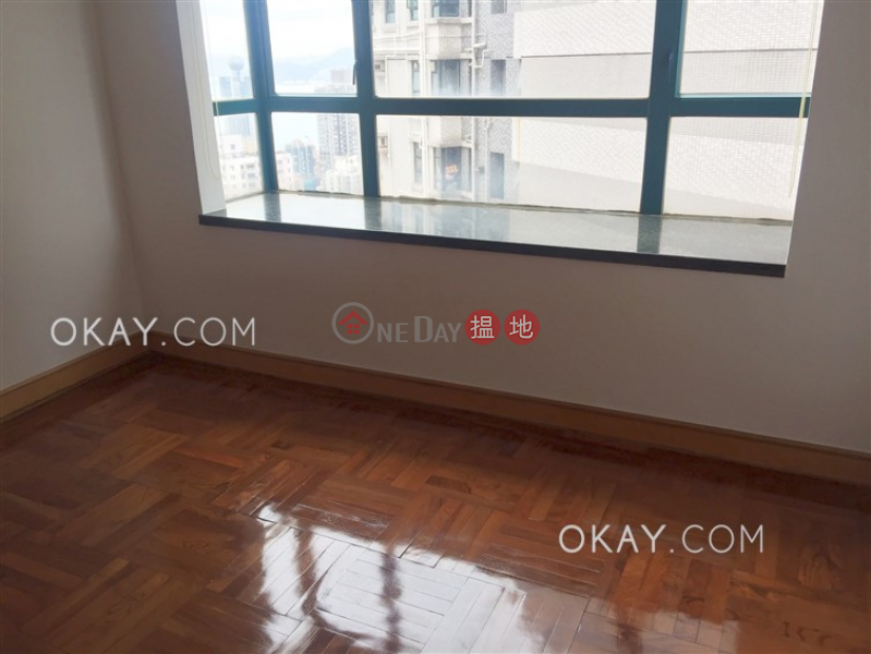 HK$ 30,000/ month | Prosperous Height | Western District | Practical 3 bedroom in Mid-levels West | Rental