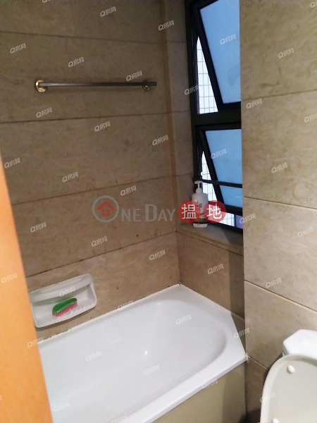 HK$ 33,000/ month, Tower 7 Island Resort Chai Wan District Tower 7 Island Resort | 3 bedroom Mid Floor Flat for Rent