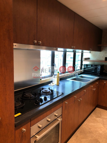 3 Bedroom Family Flat for Sale in Central Mid Levels | Winsome Park 匯豪閣 Sales Listings