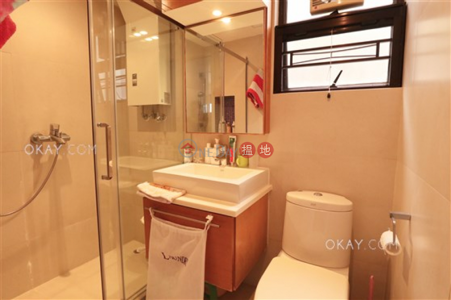 Charming 2 bedroom with balcony & parking | For Sale | South Bay Garden Block C 南灣花園 C座 Sales Listings