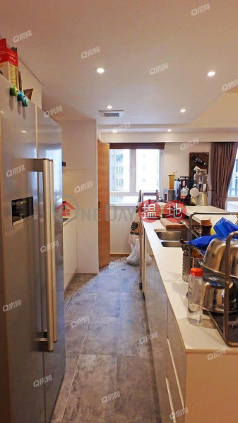 Robinson Heights | 2 bedroom Low Floor Flat for Sale | Robinson Heights 樂信臺 Sales Listings