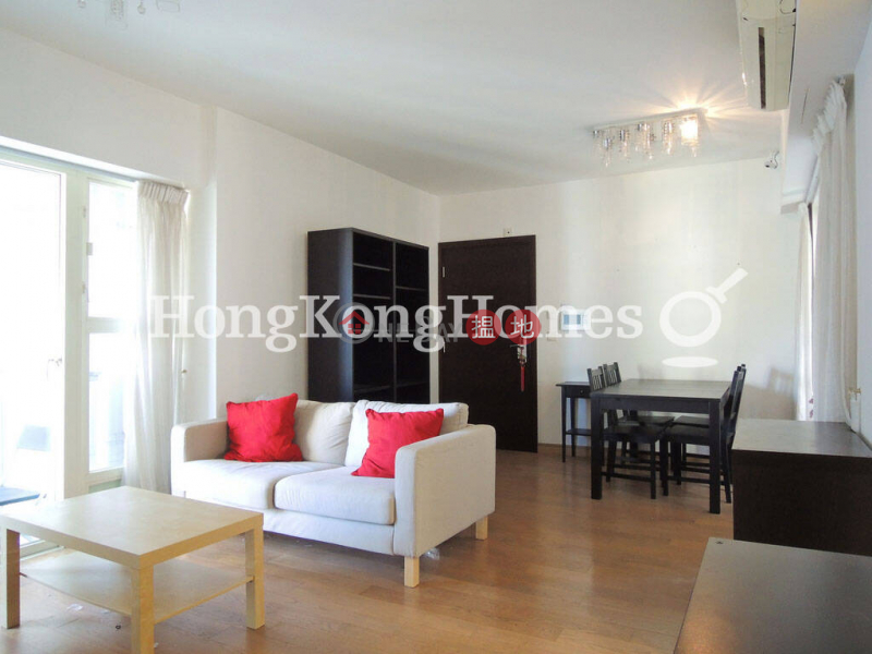 3 Bedroom Family Unit for Rent at Centrestage | Centrestage 聚賢居 Rental Listings