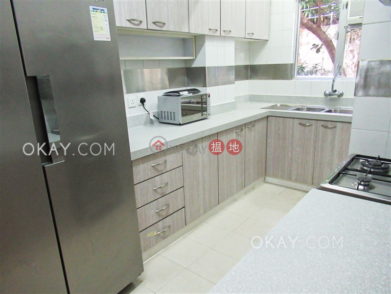 Lovely 3 bedroom with balcony & parking | For Sale | Catalina Mansions 嘉年大廈 Sales Listings