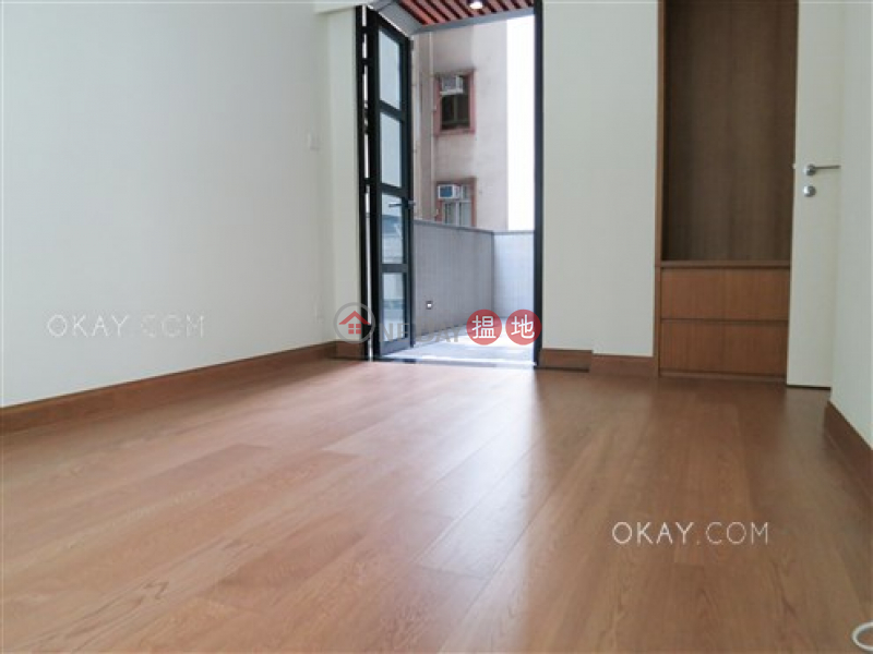 Luxurious 2 bedroom with terrace | Rental | Resiglow Resiglow Rental Listings