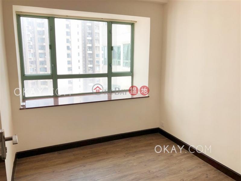 香港搵樓 租樓 二手盤 買樓  搵地   住宅-出售樓盤3房2廁,極高層,星級會所《高雲臺出售單位》