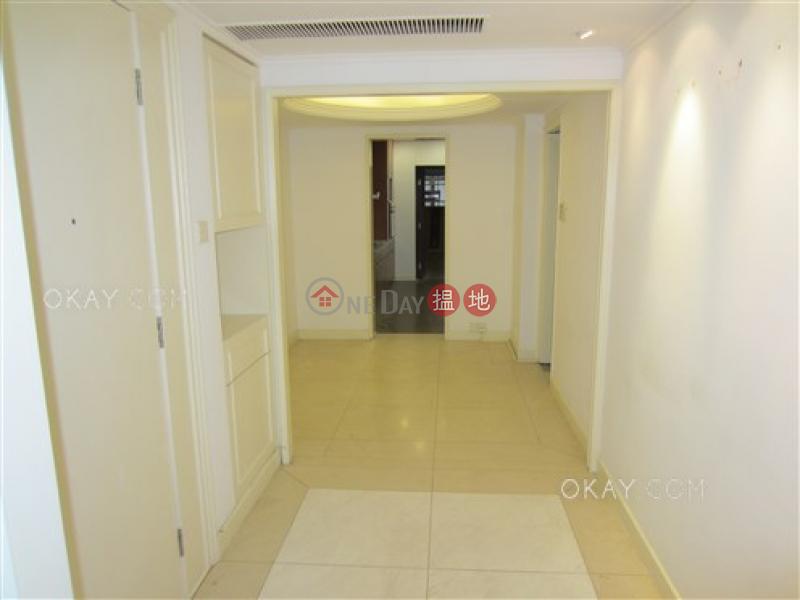 HK$ 8,300萬碧苑大廈-西區-4房3廁,實用率高,極高層,連車位《碧苑大廈出售單位》