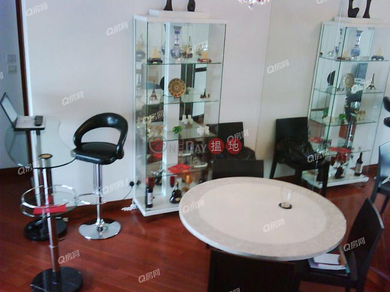 Tower 5 The Long Beach | 2 bedroom High Floor Flat for Sale | 8 Hoi Fai Road | Yau Tsim Mong Hong Kong Sales HK$ 13.1M