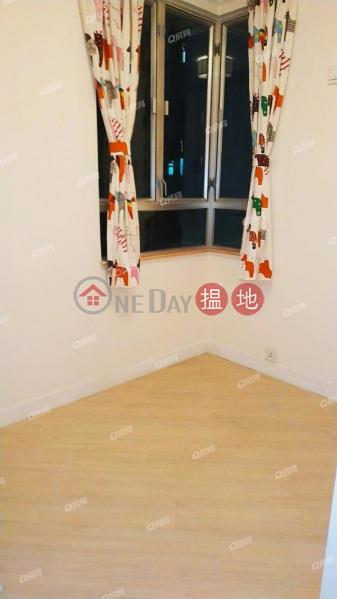 HK$ 27,000/ month, Sherwood Court   Western District   Sherwood Court   3 bedroom Low Floor Flat for Rent