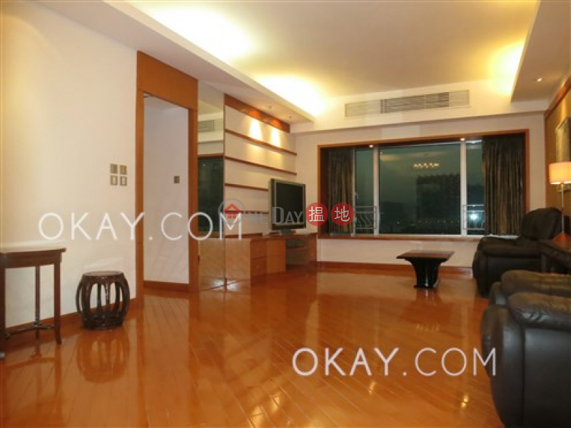 Property Search Hong Kong | OneDay | Residential, Sales Listings, Luxurious 3 bedroom in Kowloon Station | For Sale