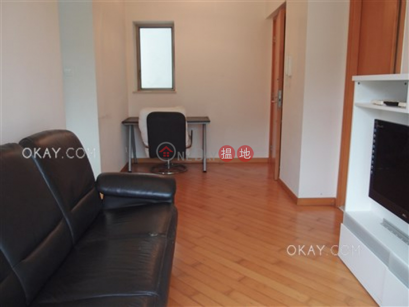 Intimate 2 bedroom on high floor with balcony | Rental | The Zenith Phase 1, Block 2 尚翹峰1期2座 Rental Listings