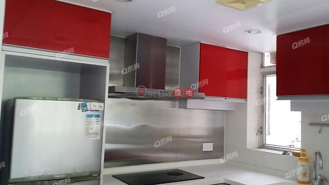 Property Search Hong Kong | OneDay | Residential | Sales Listings Block 6 Fullview Garden | 3 bedroom Mid Floor Flat for Sale
