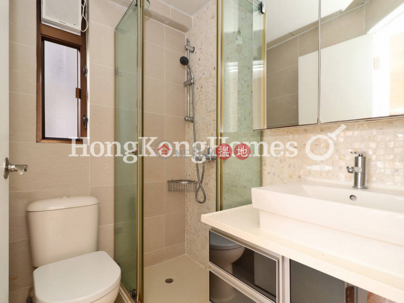HK$ 35,000/ month | Corona Tower | Central District, 3 Bedroom Family Unit for Rent at Corona Tower