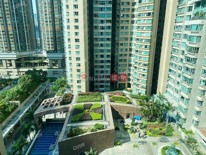 HK$ 31,500/ month, The Waterfront Phase 1 Tower 1, Yau Tsim Mong The Waterfront Phase 1 Tower 1   2 bedroom Mid Floor Flat for Rent