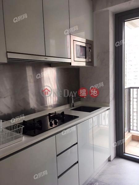 18 Upper East | 2 bedroom Mid Floor Flat for Sale | 18 Upper East 港島‧東18 Sales Listings