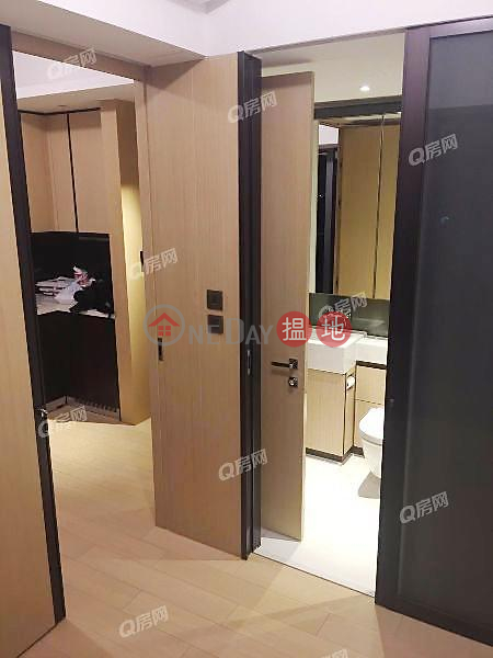Property Search Hong Kong | OneDay | Residential Rental Listings Eltanin Square Mile Block 1 | 1 bedroom Mid Floor Flat for Rent