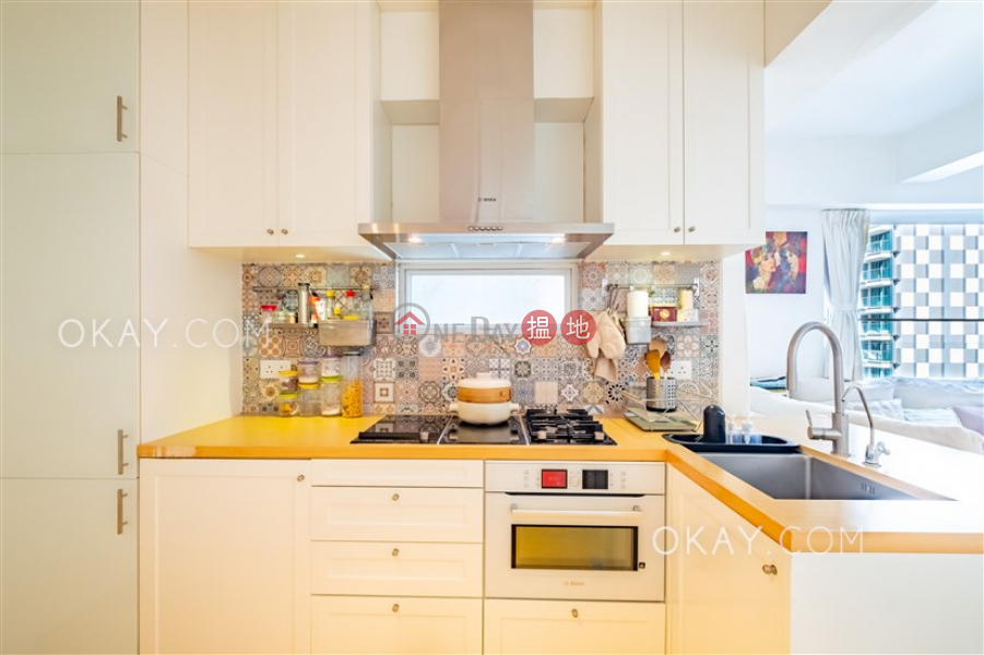 Property Search Hong Kong | OneDay | Residential, Sales Listings | Practical 2 bedroom in Western District | For Sale