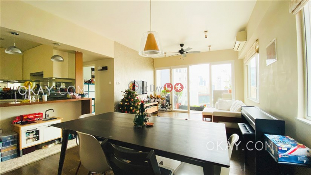 Property Search Hong Kong | OneDay | Residential Sales Listings Stylish 3 bedroom on high floor with balcony | For Sale