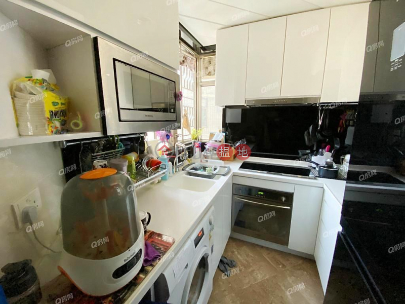Property Search Hong Kong | OneDay | Residential, Sales Listings | Sorrento Phase 1 Block 6 | 3 bedroom Mid Floor Flat for Sale