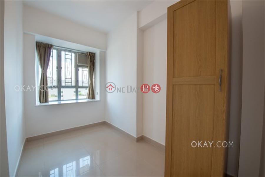 香港搵樓|租樓|二手盤|買樓| 搵地 | 住宅出售樓盤-2房1廁《百合苑出售單位》