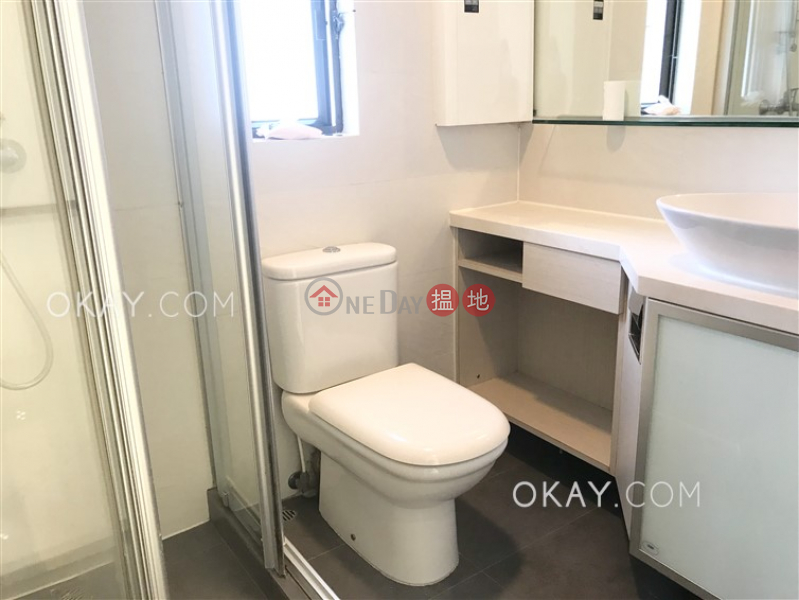 3房2廁,連車位《梅苑出租單位》-11宏豐臺 | 灣仔區|香港出租|HK$ 43,000/ 月