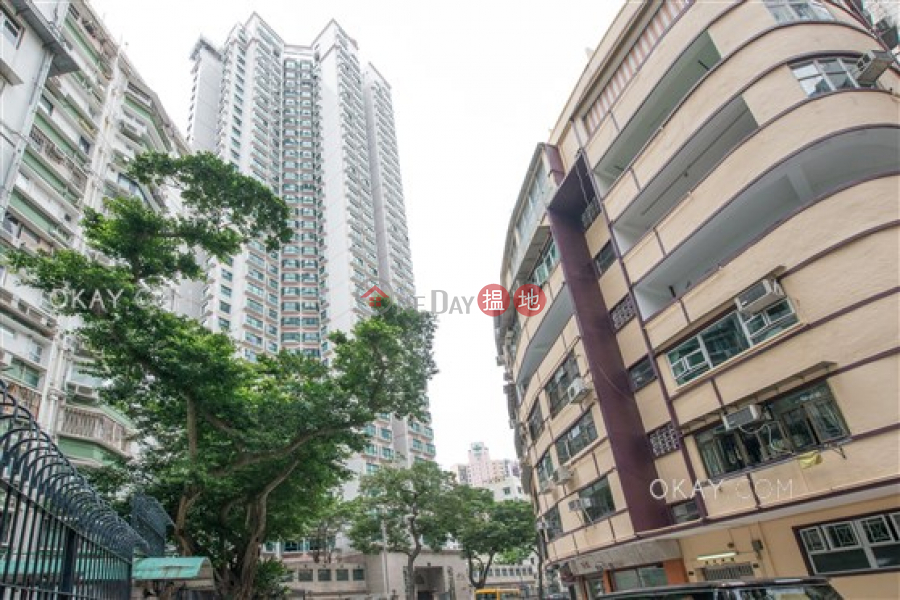 Unique 3 bedroom on high floor with parking | Rental | Scholastic Garden 俊傑花園 Rental Listings