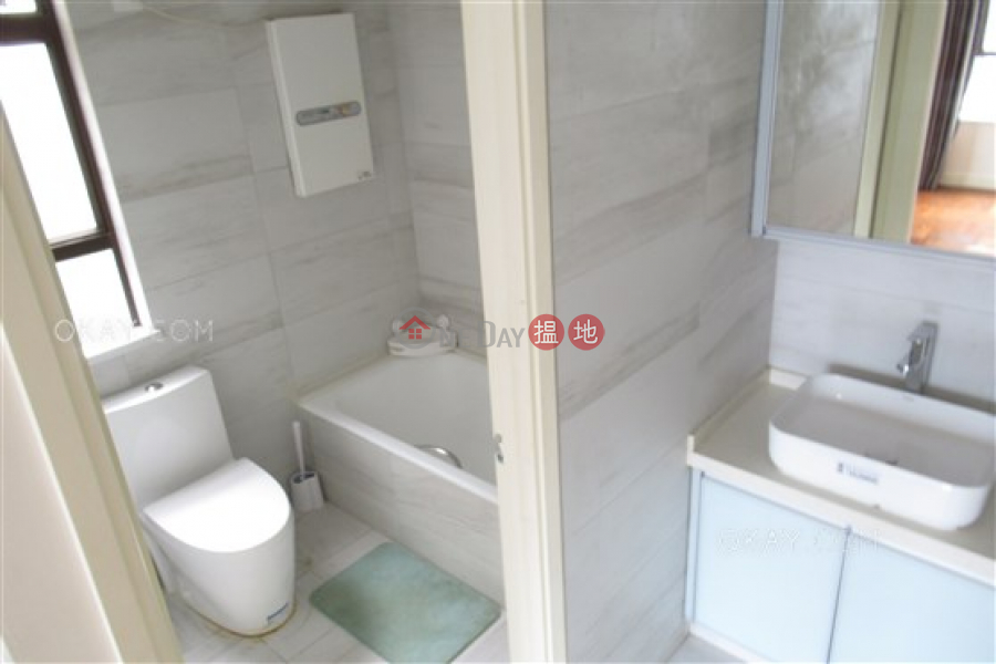 Lovely 3 bedroom with parking | Rental, Wing Wai Court 永威閣 Rental Listings | Wan Chai District (OKAY-R47286)