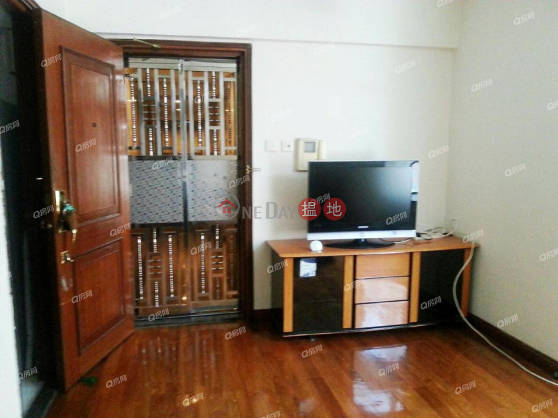 Property Search Hong Kong | OneDay | Residential | Rental Listings San Po Kong Plaza Block 1 | 2 bedroom Low Floor Flat for Rent