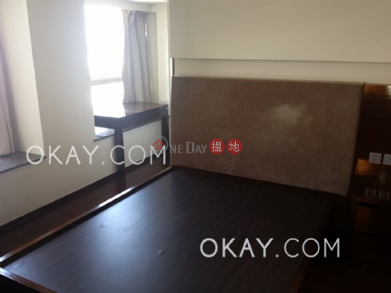 HK$ 40,000/ month | Centrestage Central District | Charming 2 bedroom on high floor with balcony | Rental